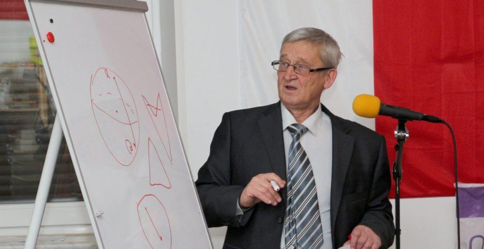 Погорєлов — легенда харківської геометрії